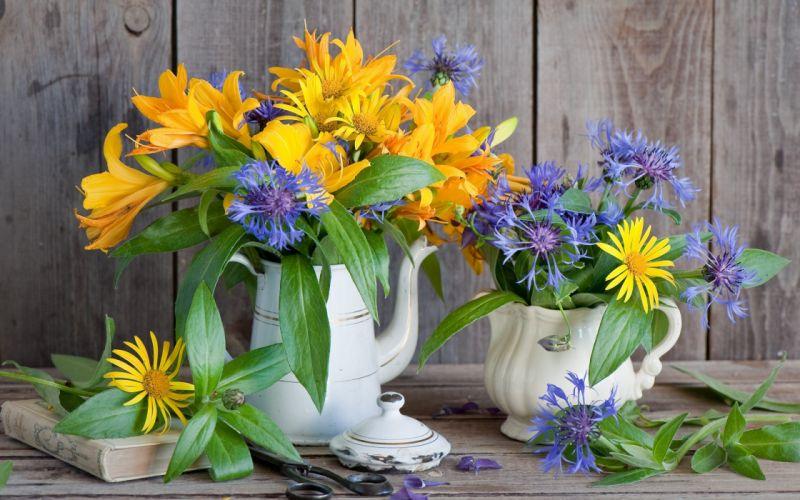 flowers yellow blue vase wallpaper