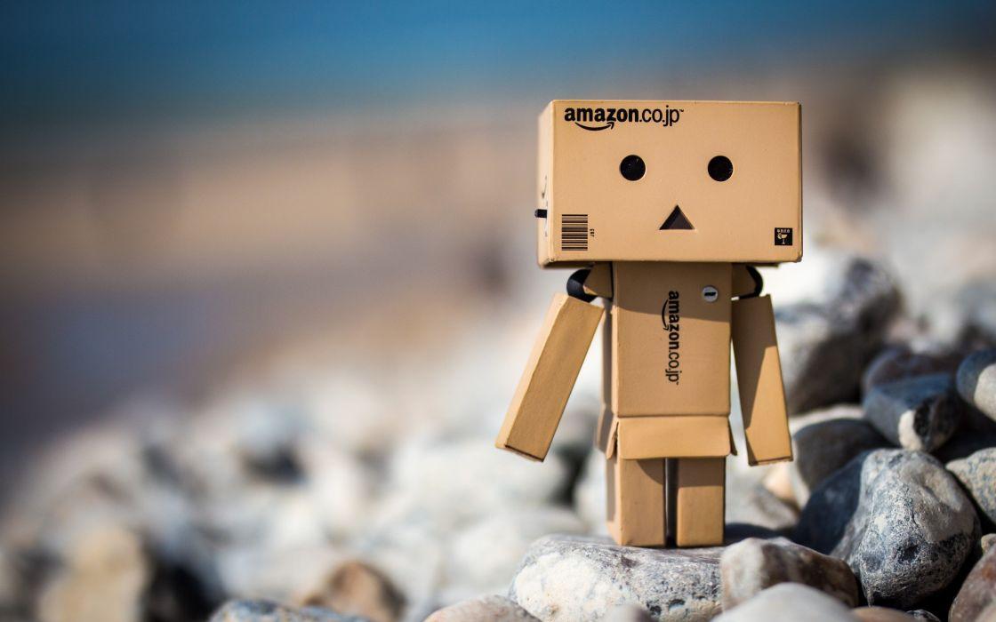 Box Man Robot Amazon Wallpaper