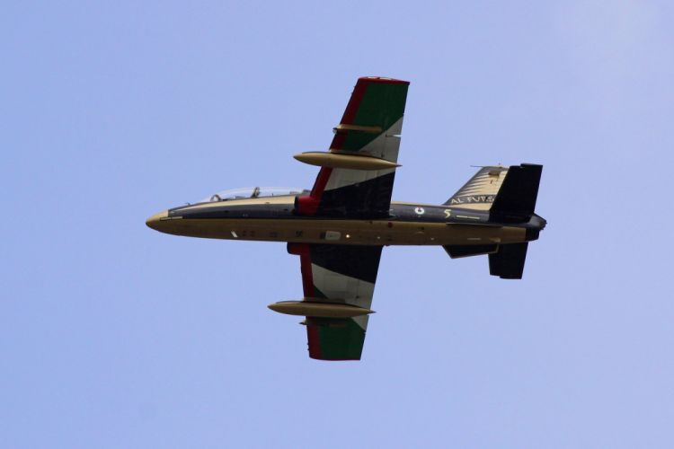 Aermacchi MB-339NAT Al Fursan Jet Team acrobatic United Arab Emirates aircrafts wallpaper
