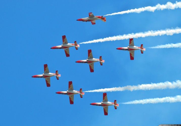CASA C-101 Aviojet Patrulla AEguila Jet Team acrobatic spain aircrafts wallpaper