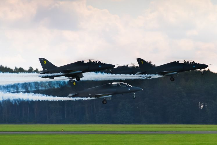 Finland BAE Hawk Midnight Hawks Jet Team acrobatic aircrafts wallpaper