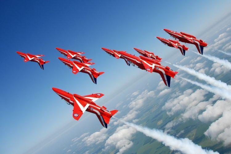BAE Hawk T Mk1 Red Arrows Jet Team acrobatic Royal Air Force england aircrafts wallpaper