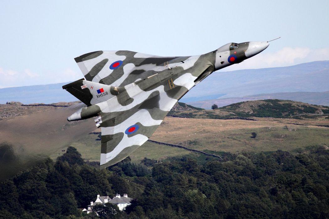 Hawker Siddeley Vulcan B-2 avro Royal Air Force england delta wing strategic bomber aircrafts wallpaper
