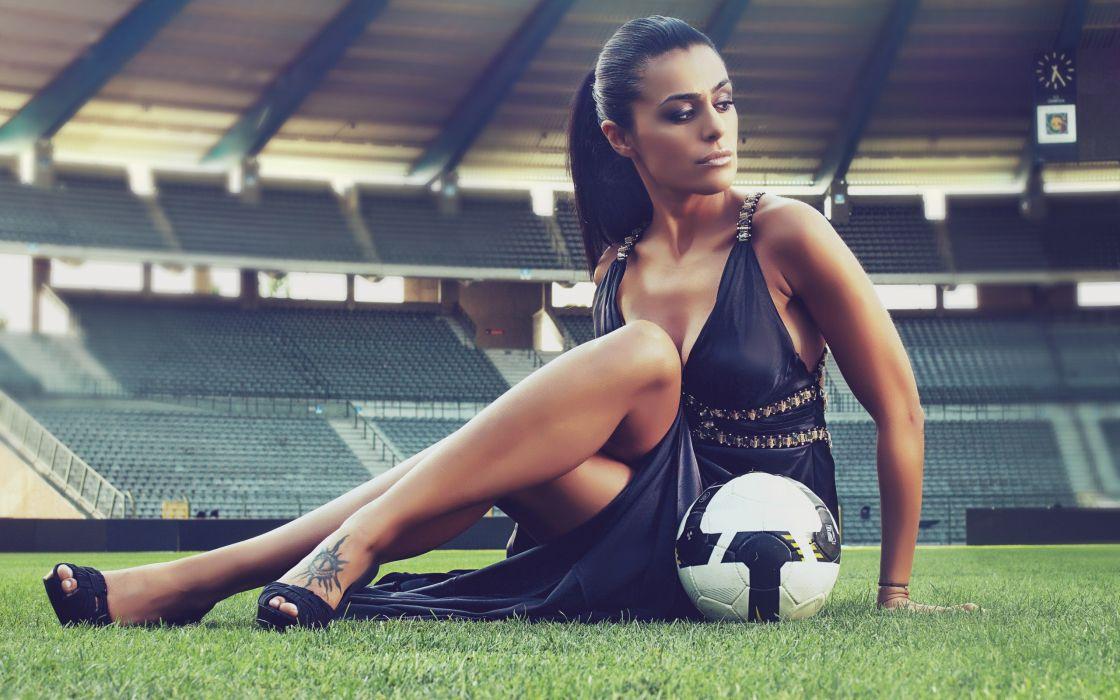 gril brunette model beauty cute ball dress legs wallpaper