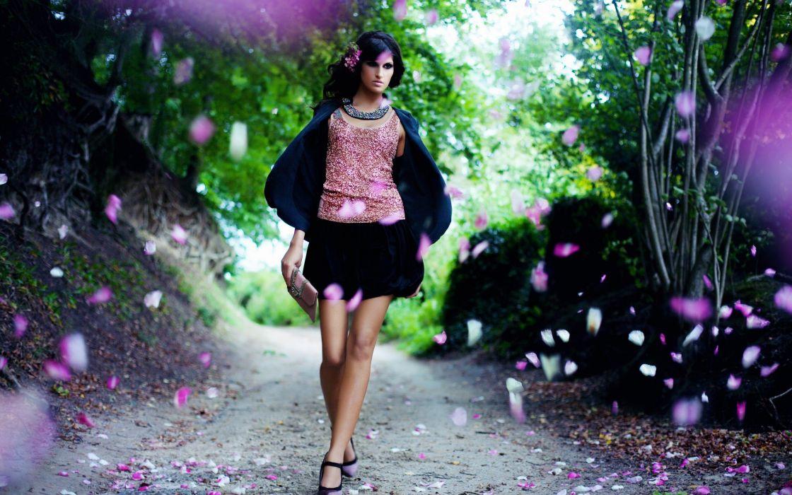 gril brunette model beauty cute legs dress wallpaper
