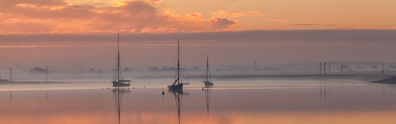 sky sea sunset night clouds boats reflection fog mist wallpaper