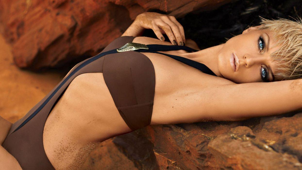 blonde girl beauty cute model swimsuit wallpaper