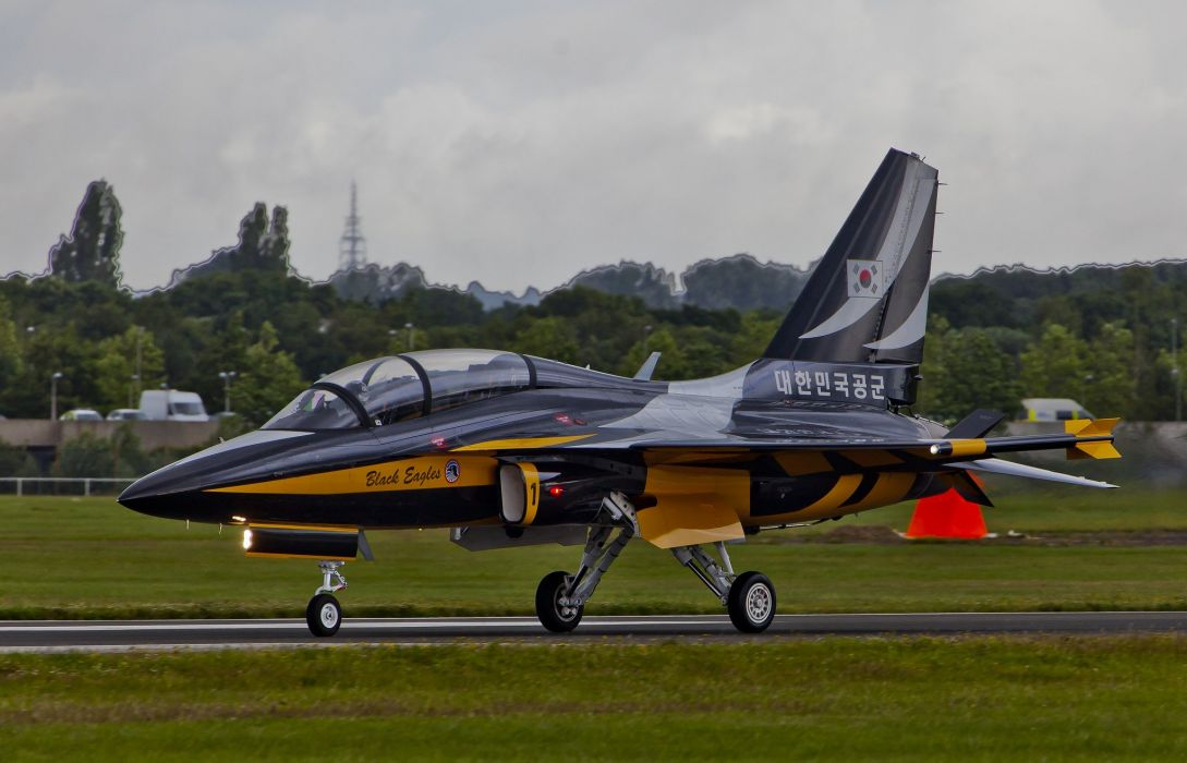 Air aircrafts Black Eagles aerobatic team T-50 Golden Eagle South