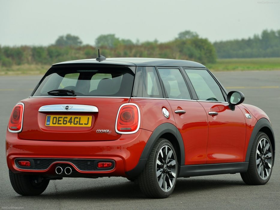 2015 5-door cooper Mini-S wallpaper wallpaper