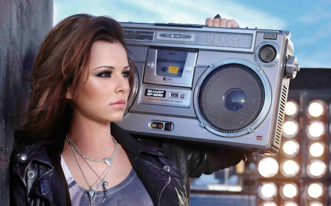 girl lovely love music radio player cd cds beauty brunette wallpaper