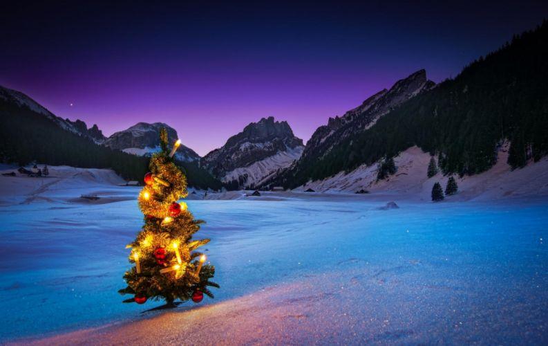 crismas tree new year light balls snow mounatin winter holiday wallpaper