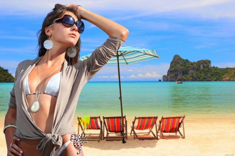 brunette beauty girl lovely model glasses sea summer wallpaper