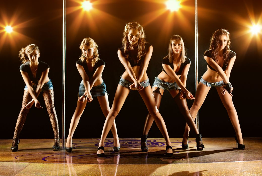 Stripers Girls Beauty Dance Wallpaper