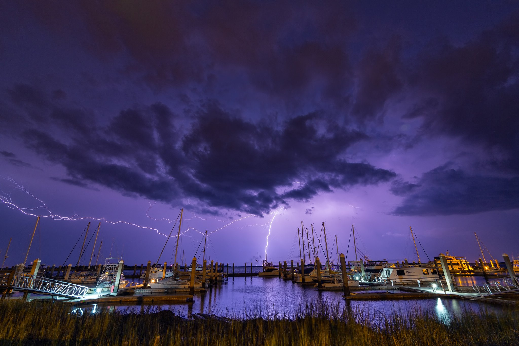 Thunder storn flash lightning sky night eclair nuit foudre nature walppaper wallpaper | 2048x1365 | 445903 | WallpaperUP