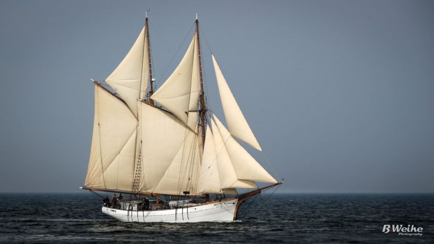 sailing ship Traditional ocean sail armada wallpaper