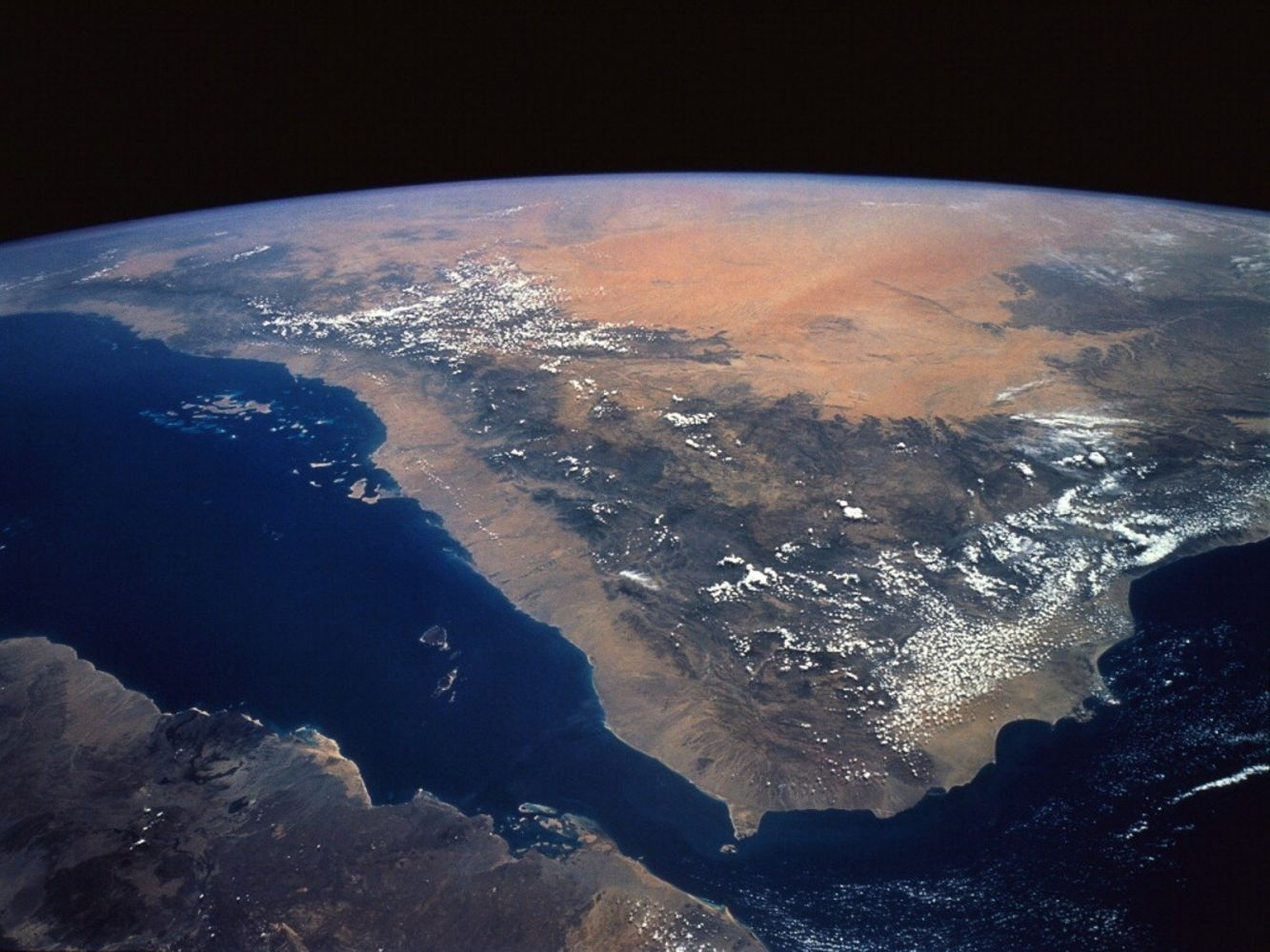 planet earth from space - HD1333×1000