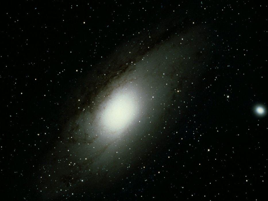 andromeda galaxy through telescope - 933×700