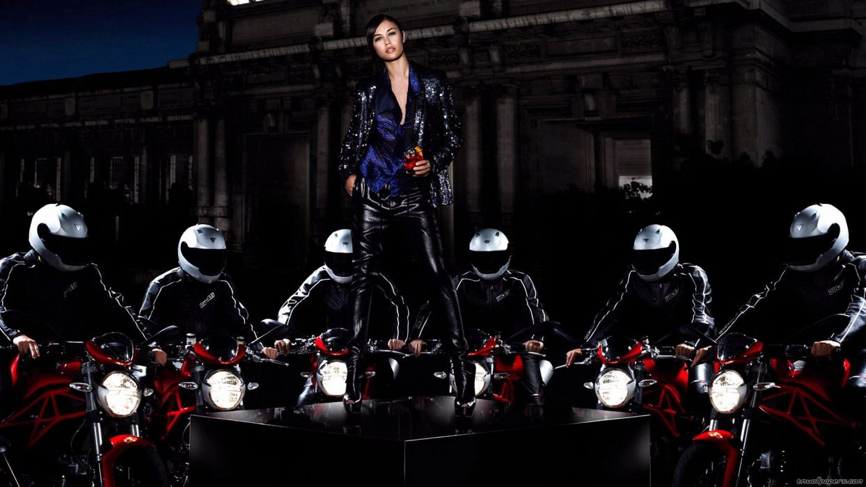 MOTORCYCLES - women helmet black latex boot wallpaper