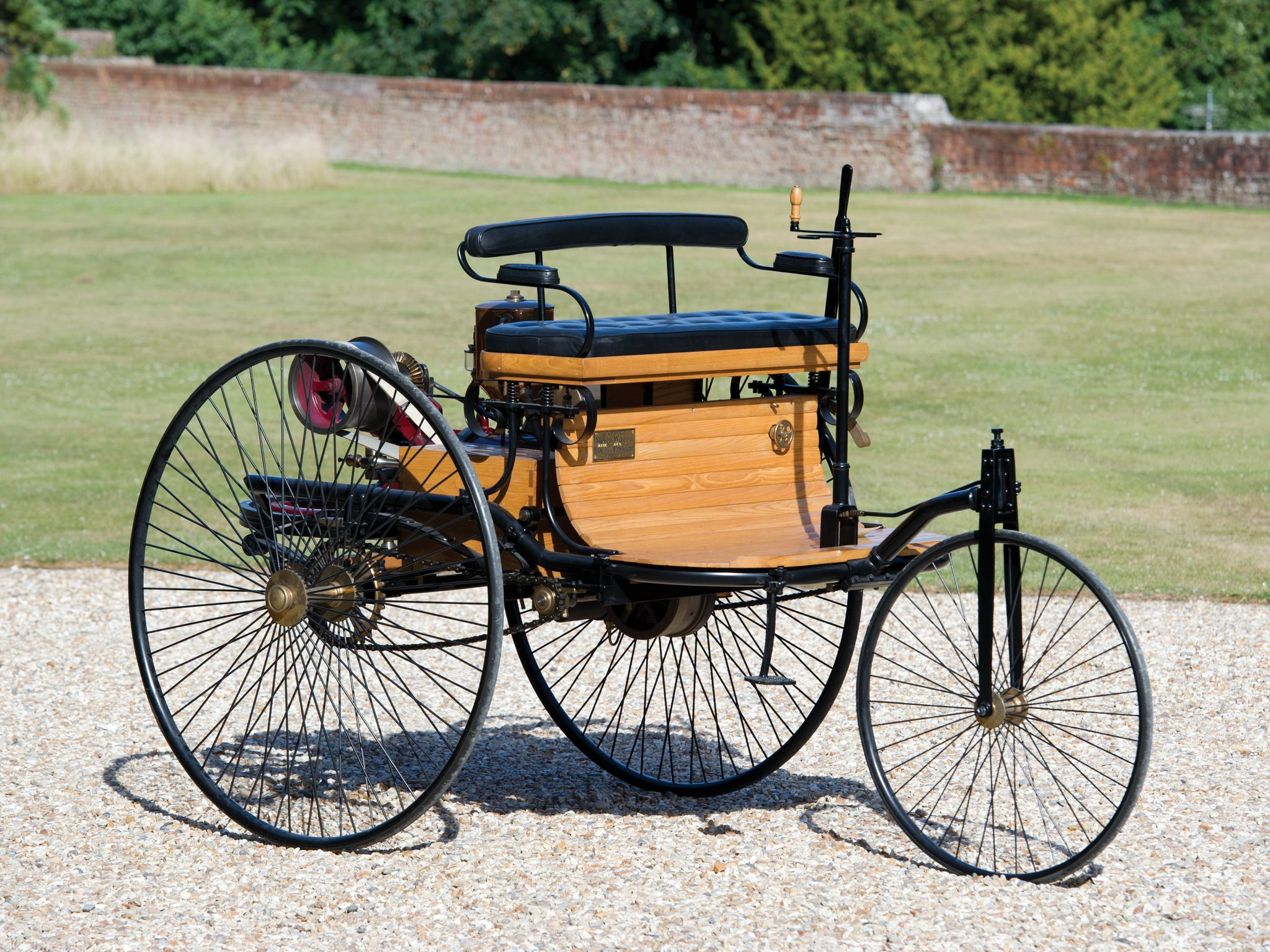 1885 benz patent motorwagen typ i retro wallpaper 2048x1536 452752 wallpaperup. Black Bedroom Furniture Sets. Home Design Ideas