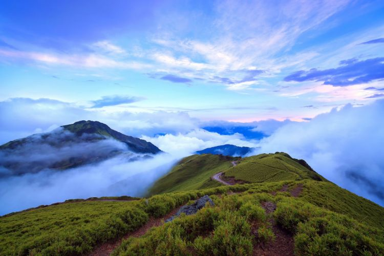 Mountain Taiwan Nantou clouds wallpaper