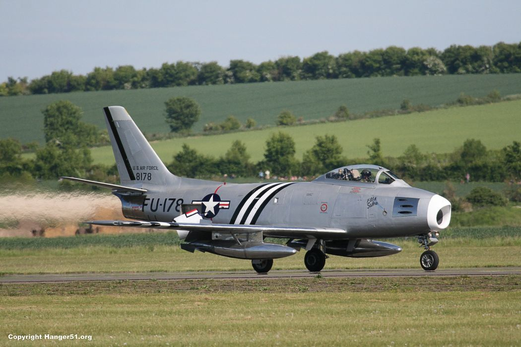 1949 North American F-86 Sabre aircrafts jets US-air-force Military Fighter wallpaper