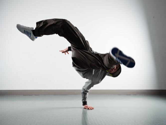 break dance dancing hip hop rap street urban breakdance wallpaper