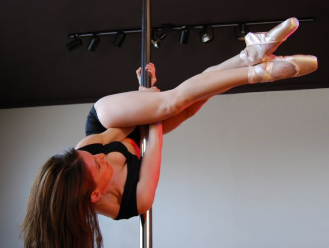 pole dancing dance sexy babe fitness wallpaper