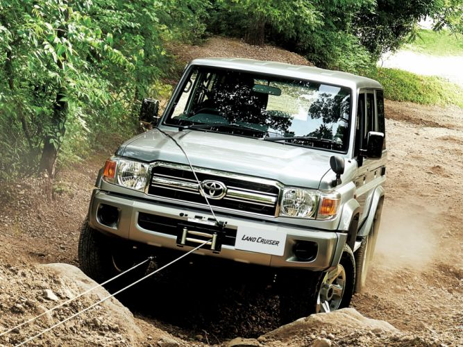 2014 Toyota Land Cruiser Van JP-spec (GRJ76K) suv 4x4 wallpaper