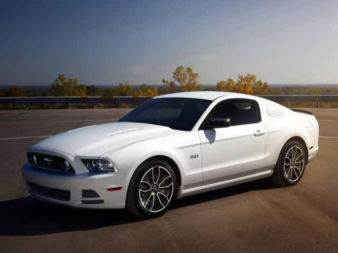 2012-14 Ford Mustang G-T muscle wallpaper