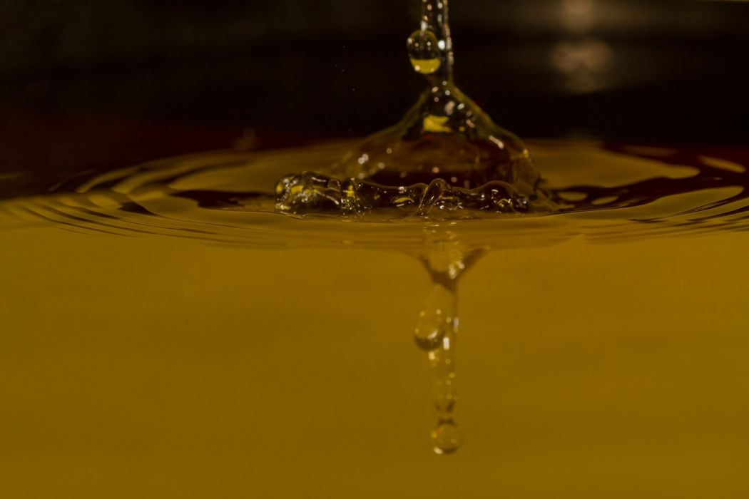 water drop macro nature macro zoom gouttes pluie wallpaper