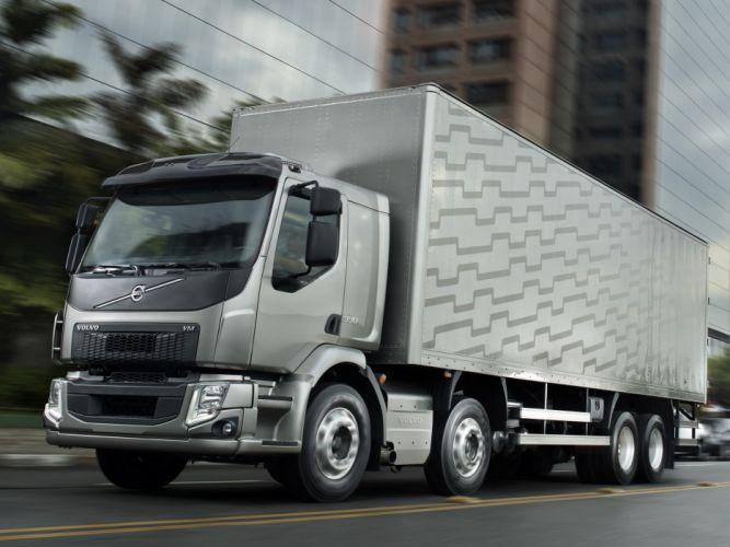 2014 Volvo VM 330 8x2 semi tractor v-m wallpaper