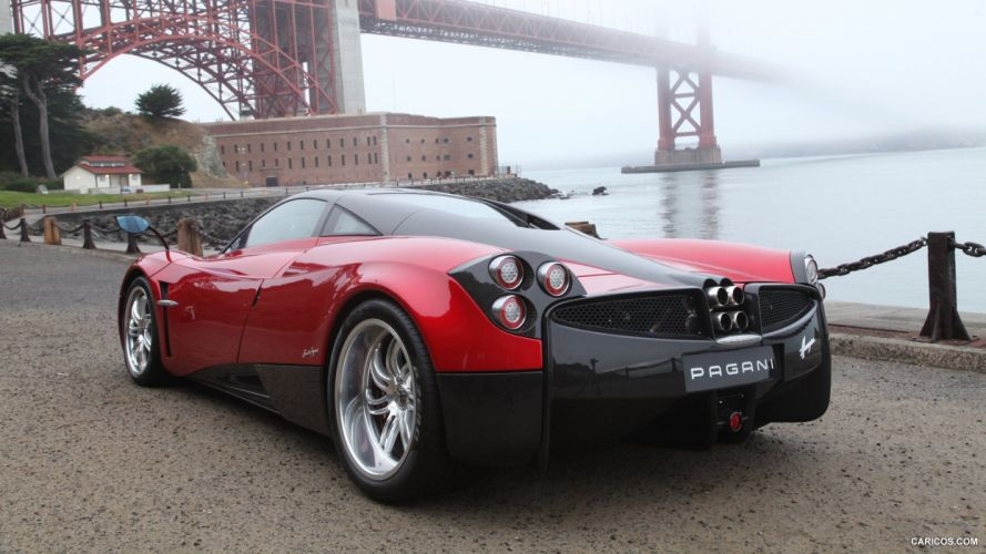 2012 Pagani Huayra supercar wallpaper