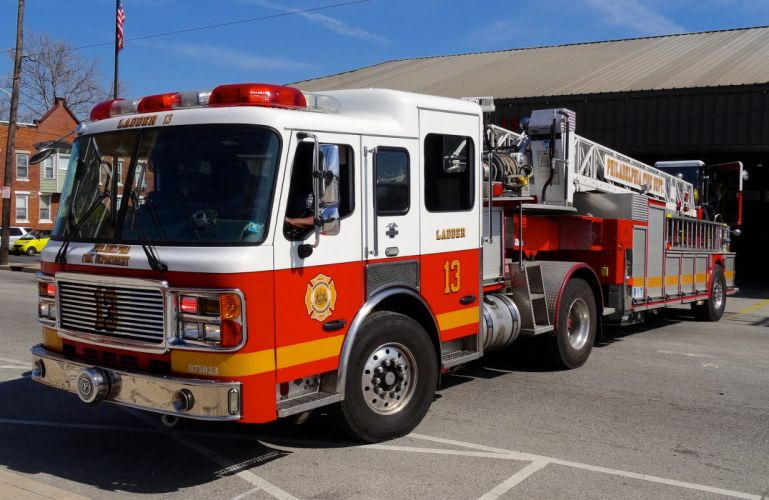 Ambulance fire-truck Philadelphia Fire-Departments usa rescue fire truck suv Emergency medic cars pompier camion wallpaper