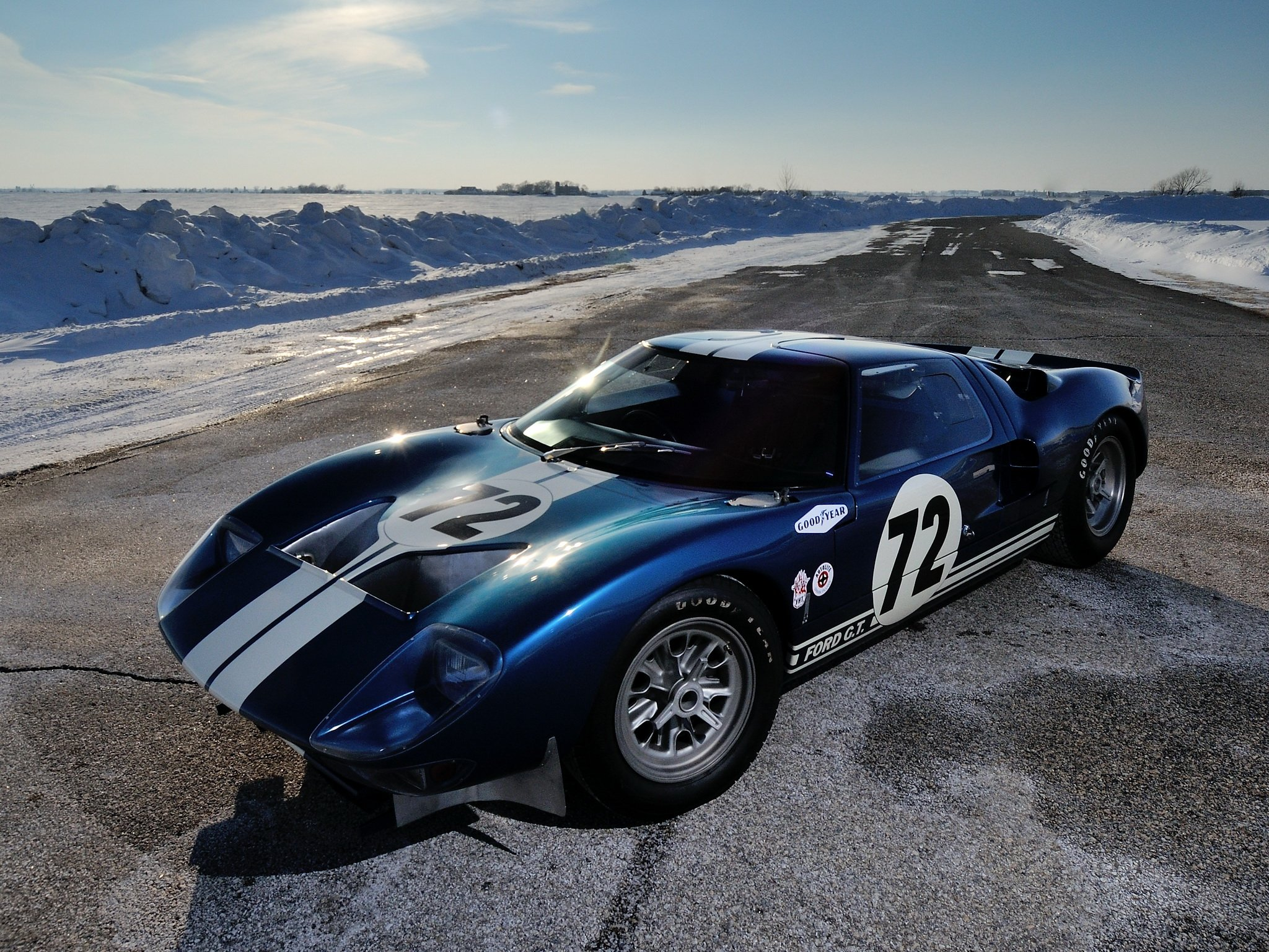 1964 Ford GT40 Prototype (GT104