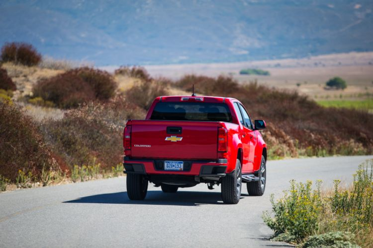 2015 Chevrolet Colorado Z71 Double Cab pickup wallpaper
