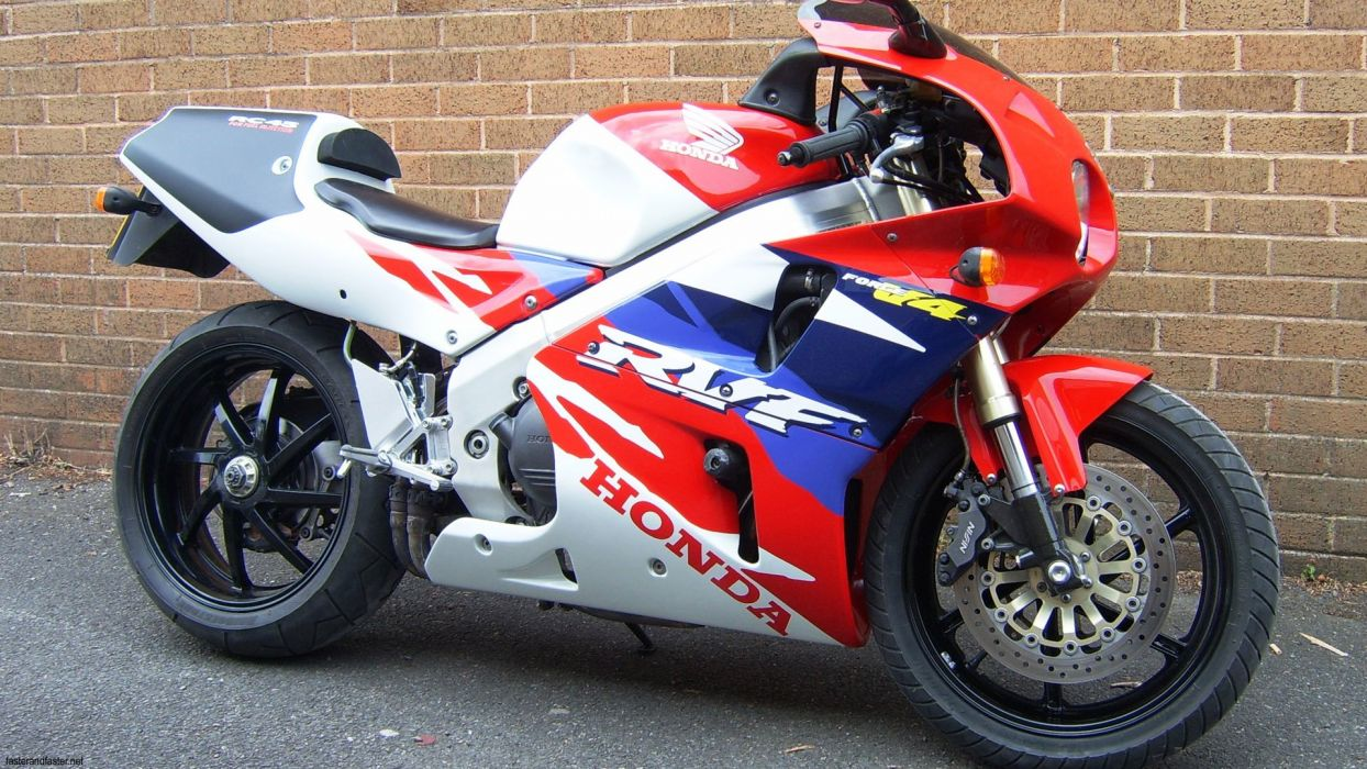 HONDA RC45 motorcycle motorbike bike wallpaper