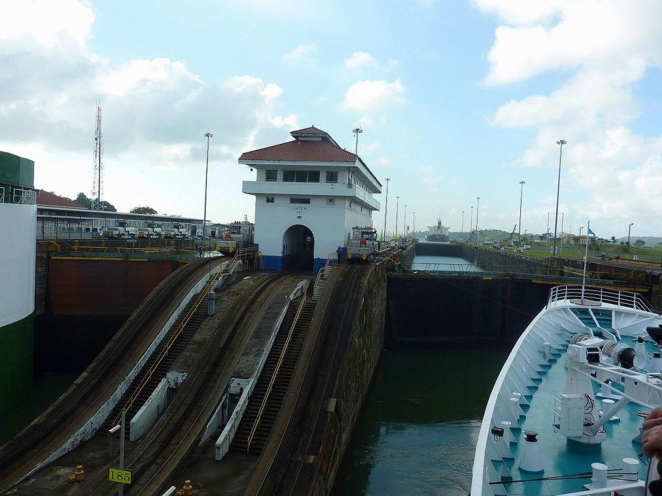 Panama canal wallpaper