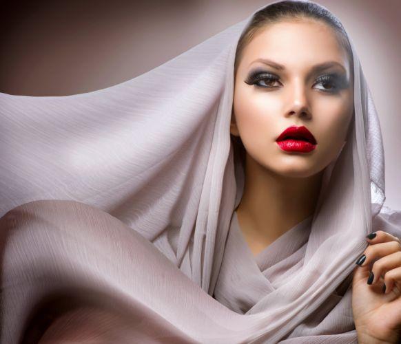 lovely sensual hand girl hands face beautiful woman eyes sweet pretty lips female lady beauty wallpaper