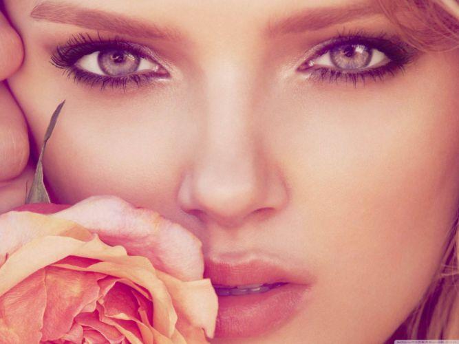 beautiful model lily donaldson-wallpaper-2800x2100 wallpaper