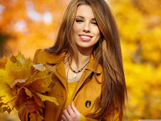 girl with autumn leaves-wallpaper-2800x2100 wallpaper