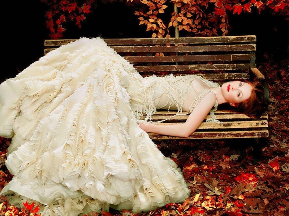 beautiful model autumn wallpaper