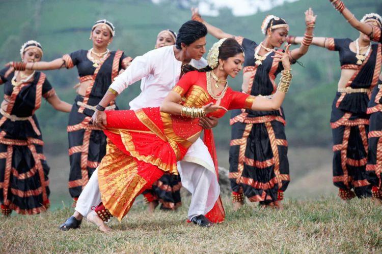 CHENNAI EXPRESS deepika padukone bollywood action comedy romance wallpaper