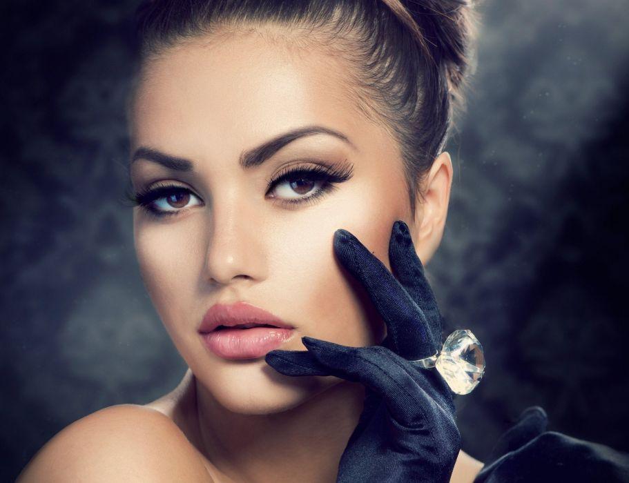 model photo hand girl gloves ring makeup eyelashes hair eyes glamour lips fashion wallpaper