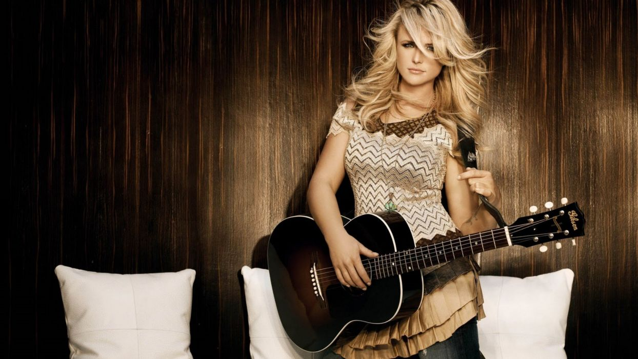 MIRANDA LAMBERT Countrywestern Country Western Singer Blonde Babe Guitar Wallpaper