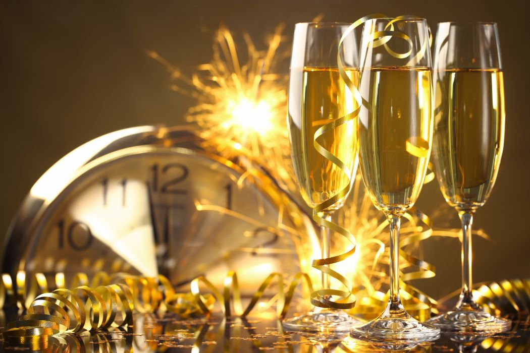 Happy New Year champagne golden celebration holiday New Year champagne glasses serpentine wallpaper