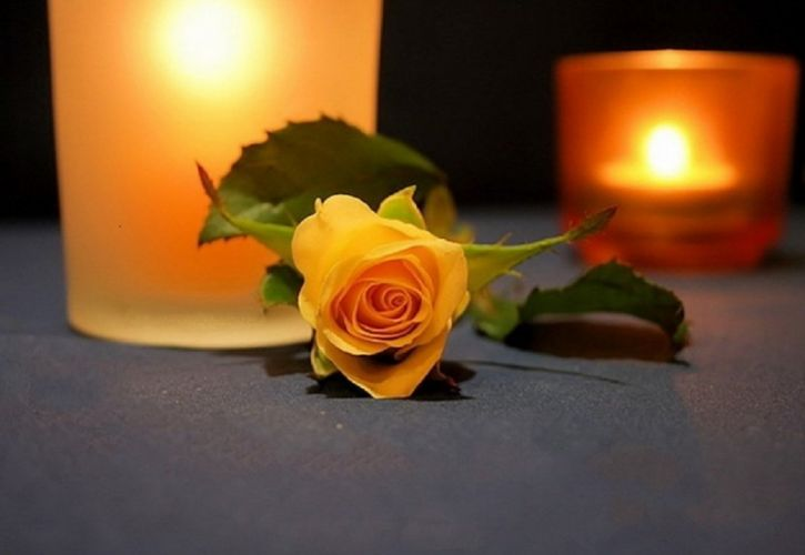 Roses candles flowers wallpaper