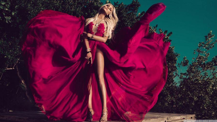 monica hansen red dress 2-wallpaper-2560x1440 wallpaper