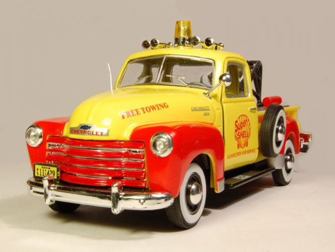 1951 Chevrolet 3100 Pickup retro towtruck tow emergency wallpaper