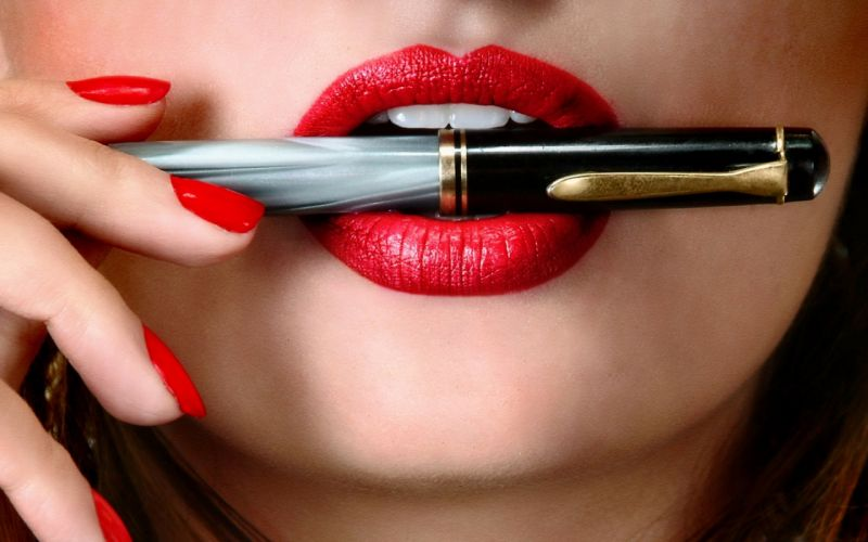 sensual pen red lip nails kiss beauty wallpaper