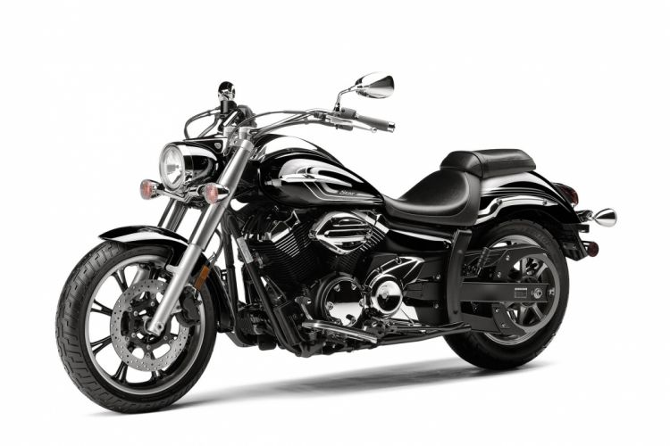 2015 Yamaha V-Star 950 wallpaper